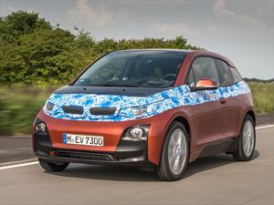 BMW lanza su primer vehículo eléctrico fabricado en serie