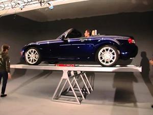 Video: el Mazda MX-5 muestra su perfecta distribución de peso.