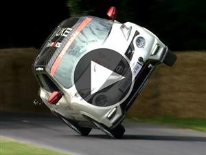 Usan una Nissan Juke para marcar un nuevo récord de circulación en dos ruedas