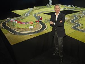 Subastan la pista Scalextric más grande del mundo