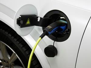 ¿Qué piensan los automovilistas sobre los vehículos eléctricos?