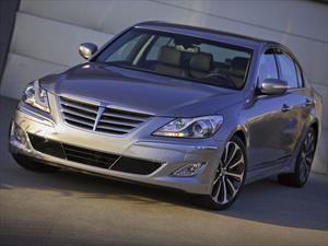Hyundai Genesis 2013 perderá motorización y gana equipamiento