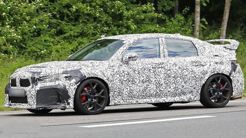 El nuevo Honda Civic Type R eléctrico se muestra camuflado