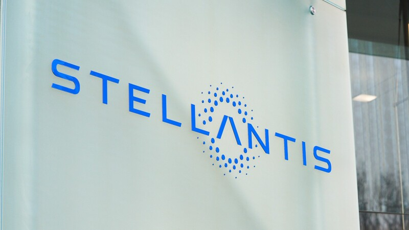 Stellantis contrata a ejecutivo de Alexa Automotive de Amazon como director de tecnología