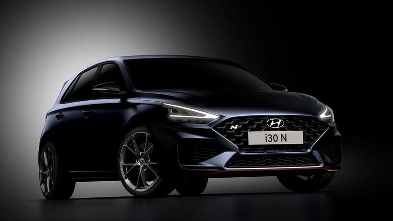 Hyundai i30 N 2021 comienza a asomarse con nuevo look y caja de doble embrague