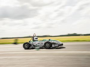 Formula Student acelera de 0 a 100 Km/hora en menos de 2 segundos