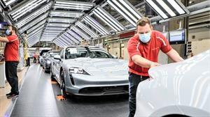 Porsche reinicia su producción en Alemania