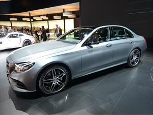 Mercedes-Benz Clase E 2017, el lujo se renueva por completo