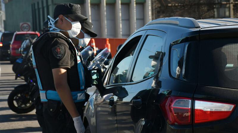 En CABA retienen la licencia a conductores sin permiso