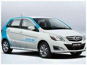 BAIC y Atieva presentan su nuevo auto eléctrico