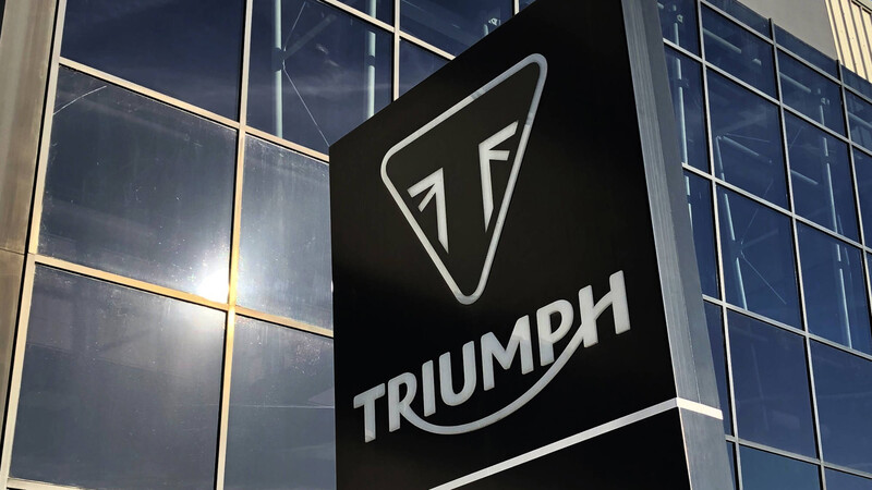 Triumph desarrollará motos para enduro y motocross