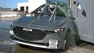 Reconocen al Mazda3 por su alto nivel de seguridad