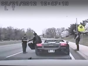 Muere Batman en un accidente automovilístico