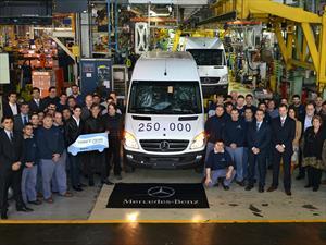 Mercedes-Benz Argentina celebra la fabricación del Sprinter Nº 250.000