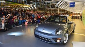Volkswagen concluye la producción del Beetle