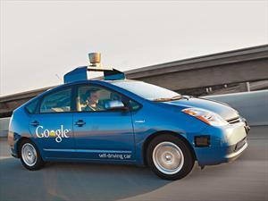 Google venderá sus vehículos autónomos