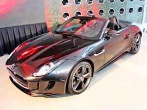 Jaguar F-Type: Poderoso biplaza descapotable inicia venta en Chile