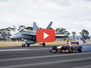 Video: El F1 de Red Bull corre contra un avión caza F/A-18