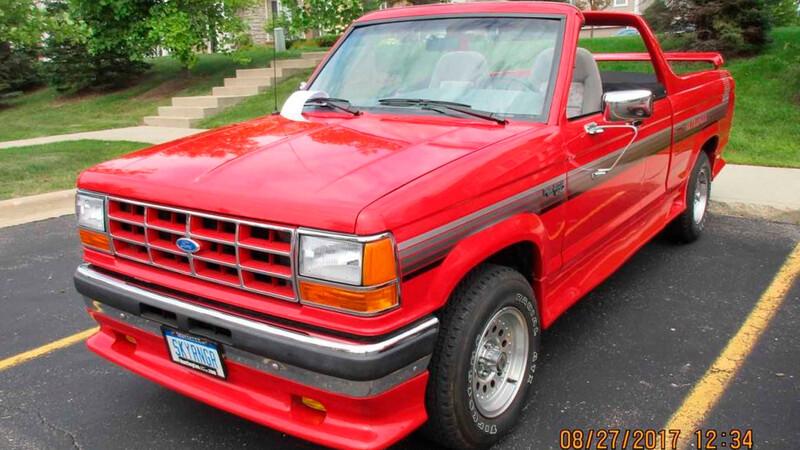 Es tu oportunidad de comprar un SkyRanger, la extraña Ford Ranger convertible