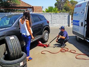 Presentan en Chile nuevo servicio de cambio de neumáticos a domicilio