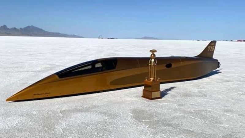 Este es el auto con motor de combustión más rápido del mundo; superó los 750 kmh
