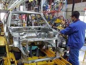 Preocupante: La producción de autos se desploma en Argentina