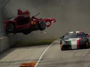 Sorprendente accidente en el Ferrari Forza Tifosi Challenge