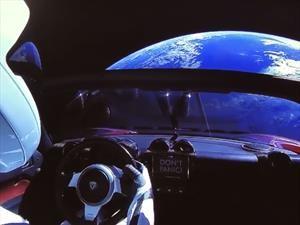 Odisea espacial: Elon Musk pone en órbita a su Tesla Roadster
