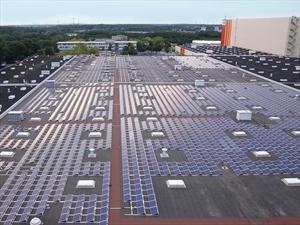 Ford reduce la generación de dióxido de carbono instalando paneles solares