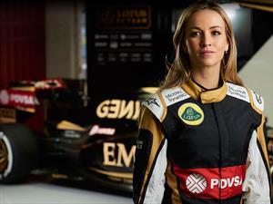 Carmen Jordá es la piloto de desarrollo de Lotus