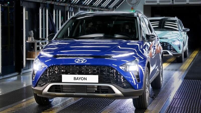 Hyundai Bayon, el SUV similar al Creta, inicia producción en Turquía