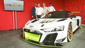 Audi R8 LMS GT2 ve la luz en Goodwood 2019