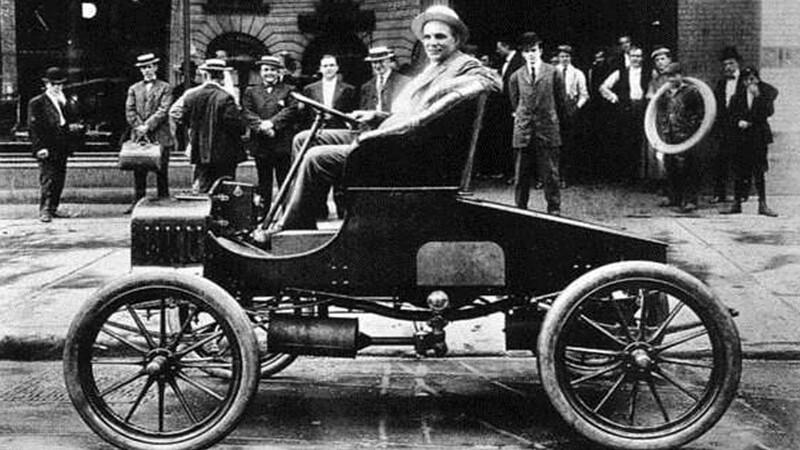 Henry Ford, conoce datos clave sobre este icónico personaje del sector automotor