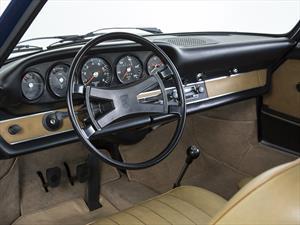 Porsche recrea el cuadro de instrumentos del 911 clásico (1969 a 1975)