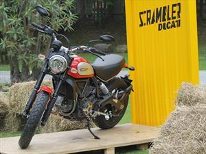 Ducati Scrambler da un golpe en la mesa