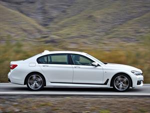 BMW Serie 7 2016 disponible con paquete deportivo M