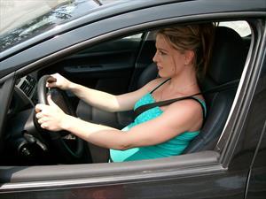 Si no tenés puesto el cinturón de seguridad, el auto no avanza