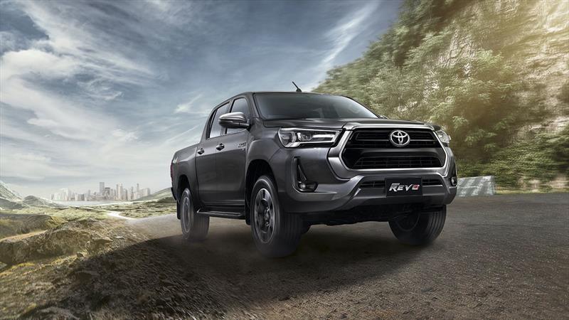 Nueva Toyota Hilux 2021 se presenta en Tailandia