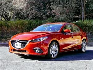 Test de Mazda3 sedán 2014