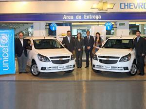 General Motors Argentina y UNICEF entregaron dos Chevrolet Agile