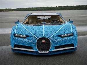 Video: Un Bugatti Chiron de LEGO que podés manejar