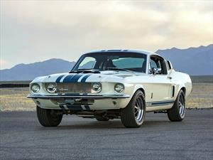 Ford Shelby GT500 Super Snake 1967 regresa con una producción limitada
