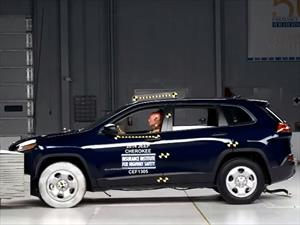 Jeep Cherokee 2014 obtiene Top Safety Pick + del IIHS