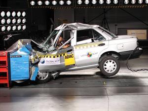 Video: Nissan Tsuru obtiene CERO estrellas en pruebas de impacto de Latin NCAP