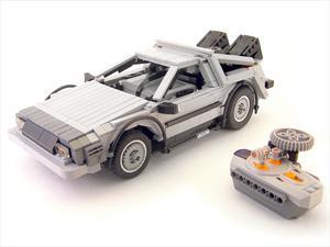 DeLorean de Volver al Futuro hecho en Lego