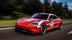 El nuevo Porsche Taycan se viste con tres elegantes trajes de carreras