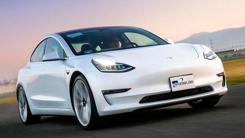 Nueva batería de Tesla permitiría que un coche eléctrico cueste lo mismo que uno de gasolina