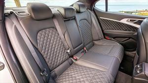 Cómo se deben limpiar los asientos de cuero de un automóvil