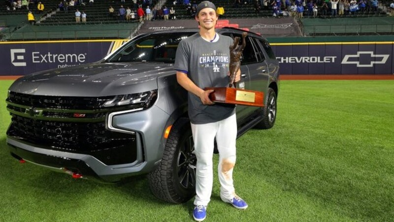 Chevrolet premia con un Tahoe 2021 al MVP de la Serie Mundial 2020