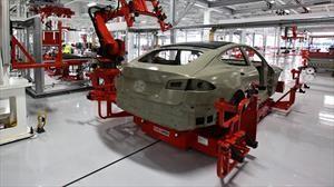 Tesla suspende la producción de automóviles en California y New York